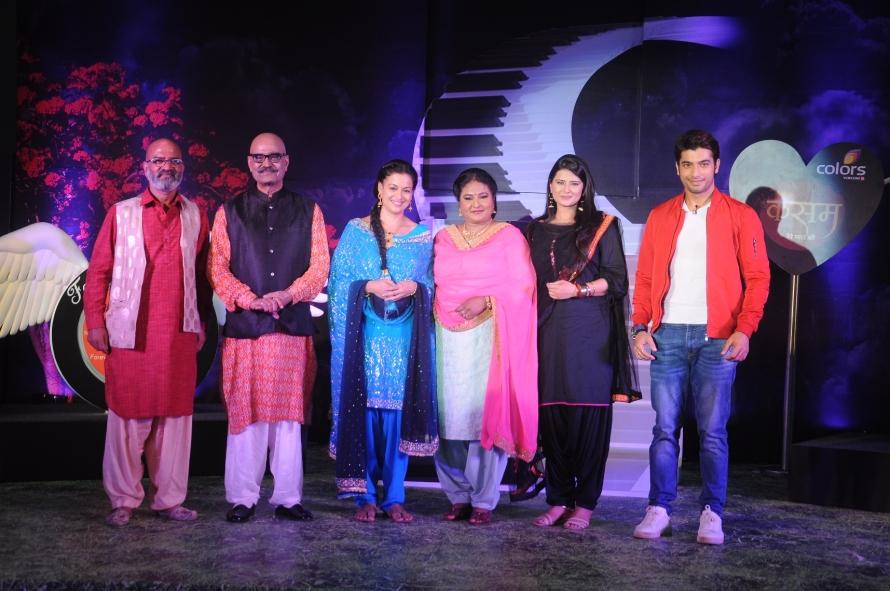 Rishi & Tanu with their family @ Kasam Tere Pyaar Ki