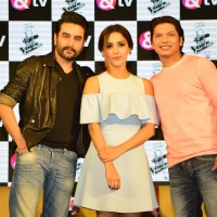 Neeti Mohan ragged by Shaan and Shekhar Ravjiani on The Voice India Kids