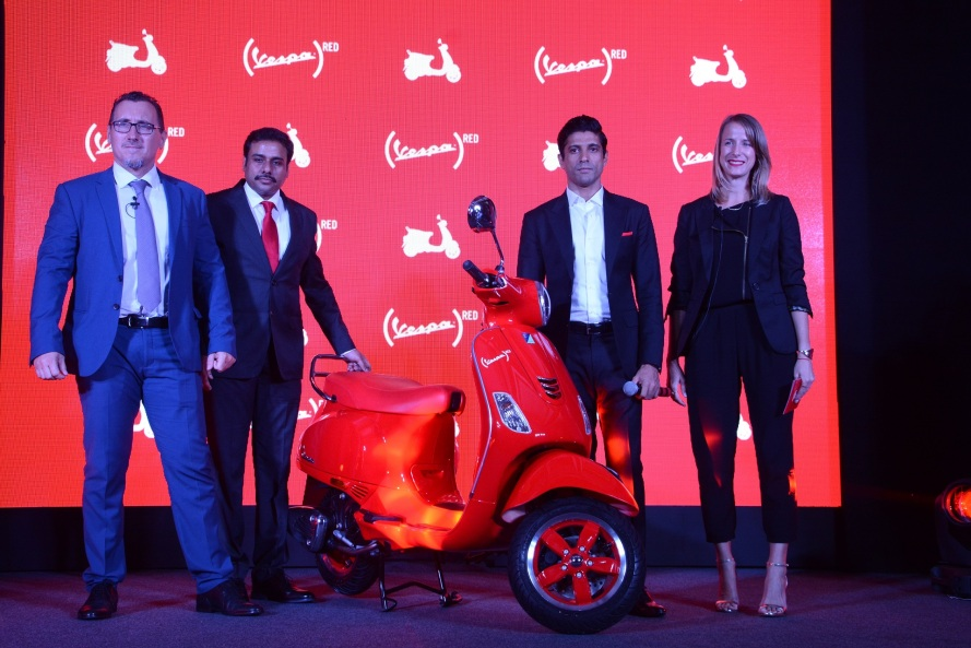 LtoR - Diego Graffi, MD & CEO PVPL, Ashish Yakhmi, Head of Two Wheeler PVPL, Farhan Akhtar and Courtney Istre, Director of Partnerships, (RED) -
