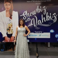 Review of Vahbiz Dorabjee as an achor and host - #Showbiz with Vahbiz