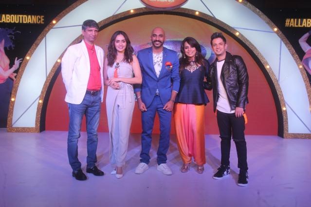 Deepak Rajadhyaksha, Amruta Khanvilkar, Sahil Khattar, Mini Pradhan and Mudassar Khan at the Dance India Dance season 6 press conference