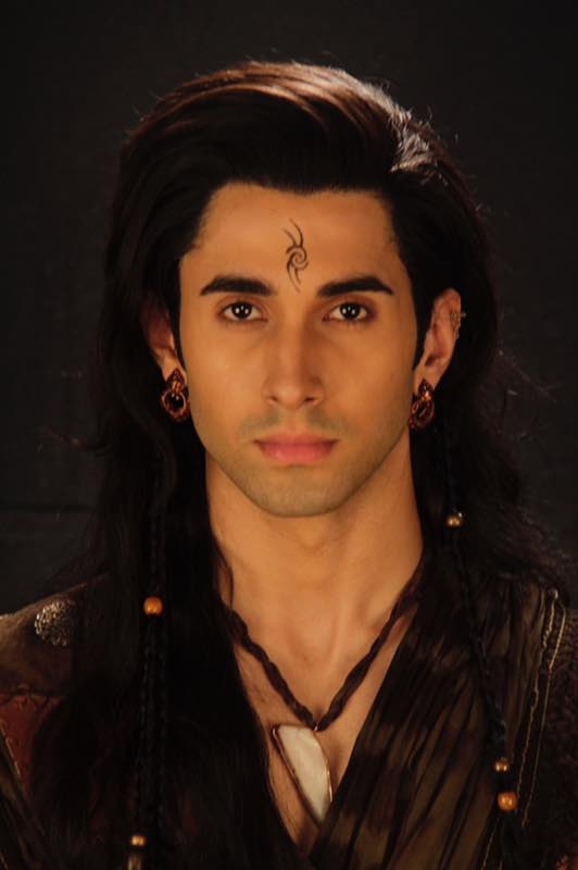 Laksh Lalwani as Porus .jpg