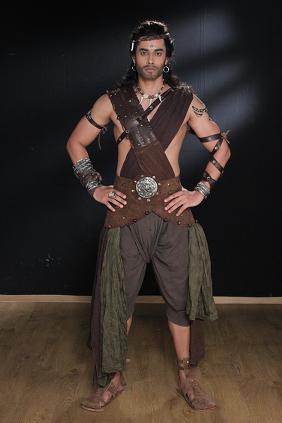 Rishi Verma as Sumer