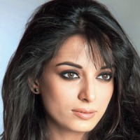 How Pooja Sharma's mother made her positive?