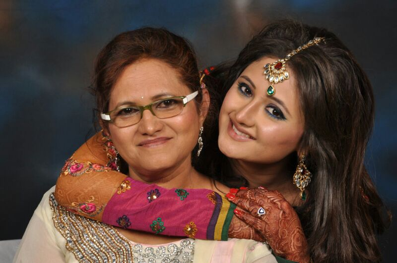 Rashami Desai with mother Rasila Desai.jpg