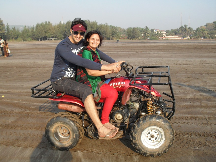 Saurabh Raj Jain with mother.jpg