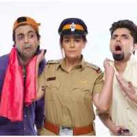 Play Review – Mona Singh – Actor, Laughter Therapy Rating 5 stars