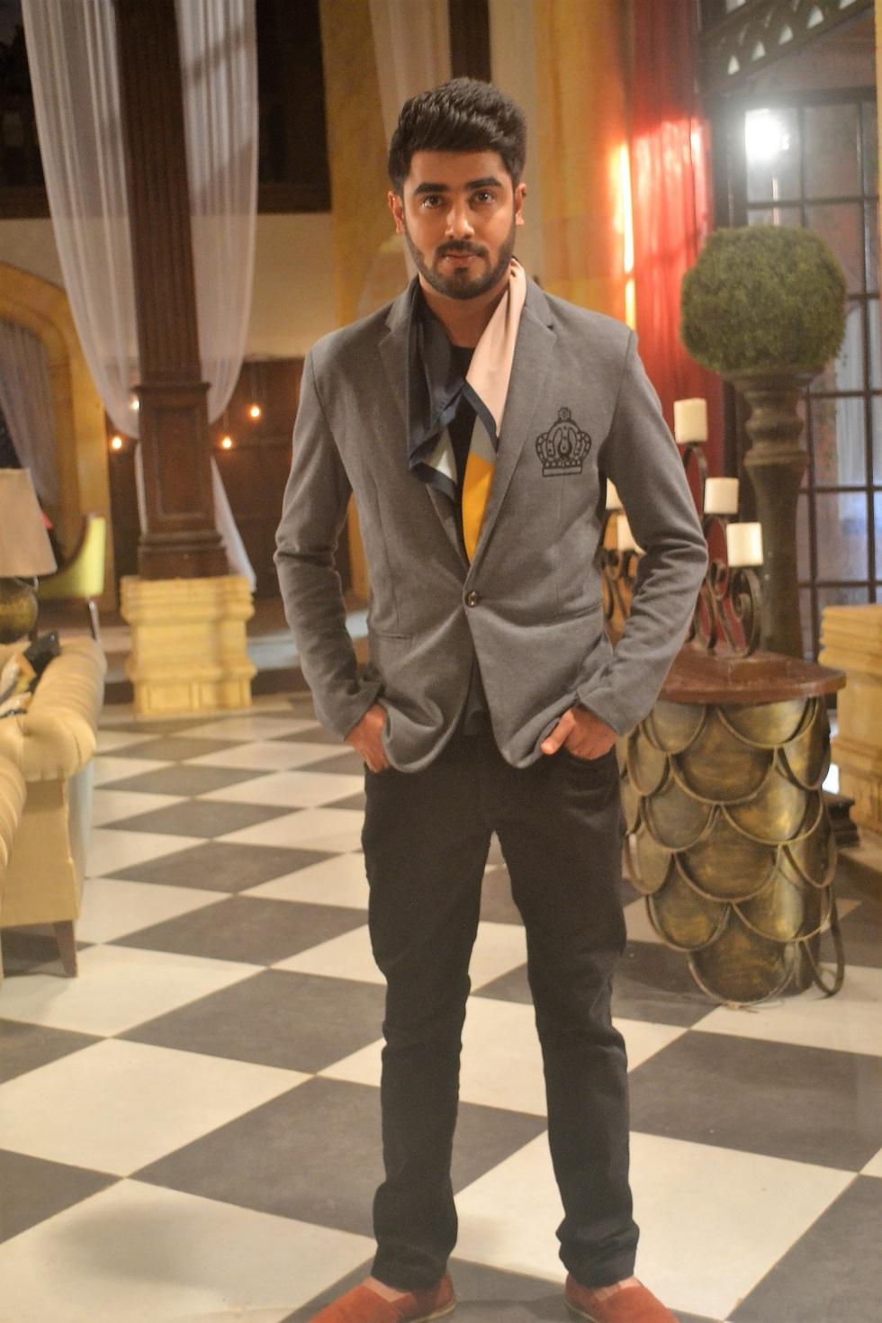 Akshay Mhatre as Naren in Piyaa Albela.JPG