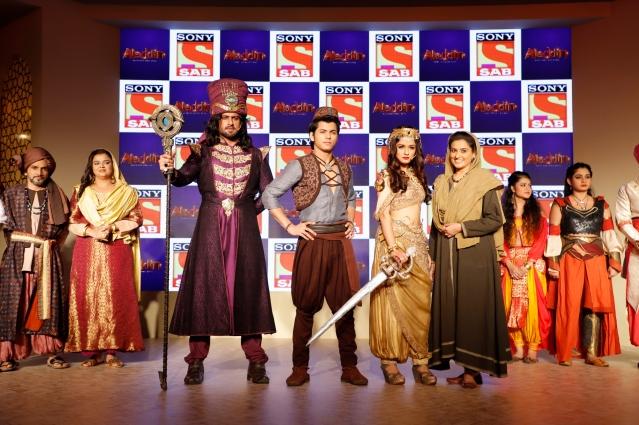 Amir Dalvi as Zafar, Siddharth Nigam as Aladdin, Avneet Kaur as Yasmine ....jpg