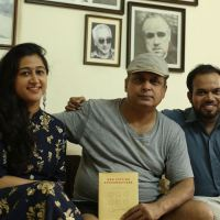 Piyush Mishra endorses Paperless Postcards' 'Unbook'