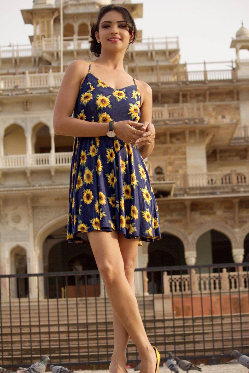 Pooja Bannerjee latest.jpg