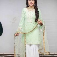 Eisha Singh looks forward to celebrating Diwali with her relatives.