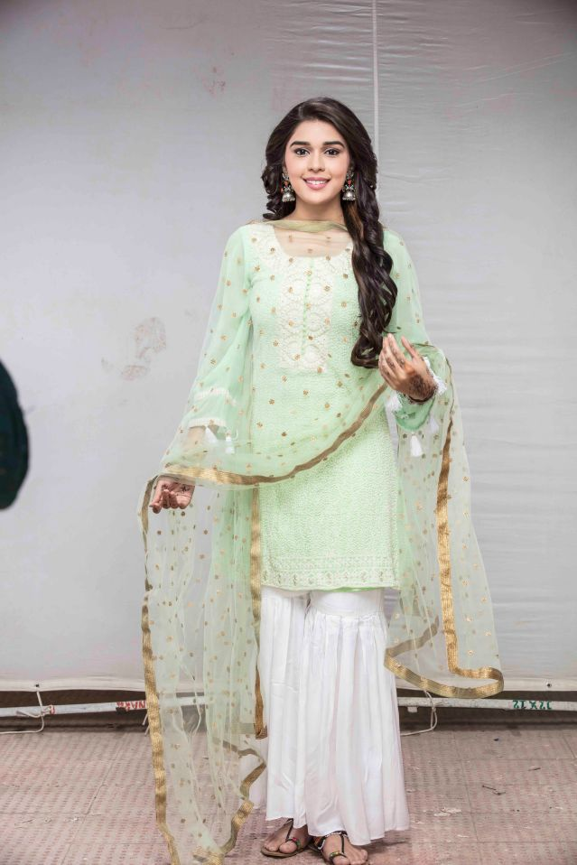 Eisha Singh as Zara Siddique in Ishq Subhan Allah.jpg