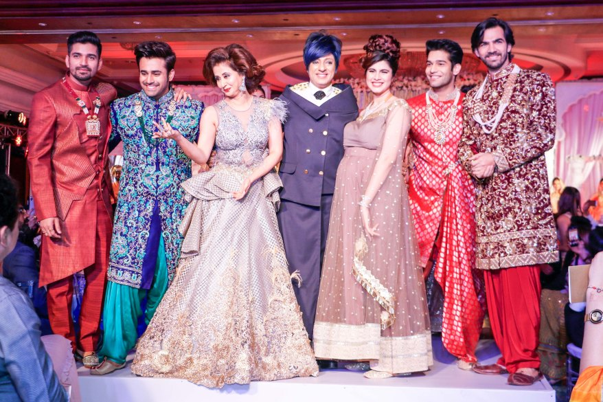 001. Designer Rohit Verma with Urmila Matondkar, Karan Singh Grover, Vishal Singh, Abhishek Malik, Pearl Puri, Swati Wadhwani _AP_0480.jpg
