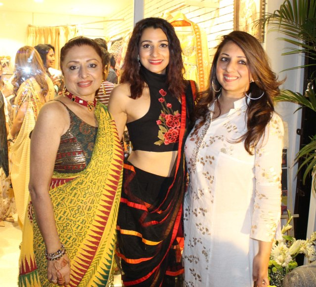 anita,pooja kanwal & munisha khatwani
