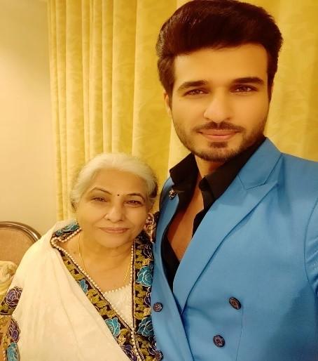 Puneett Chouksey with mother Ushakiran